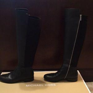 Michael Kors Bromley Flat boot